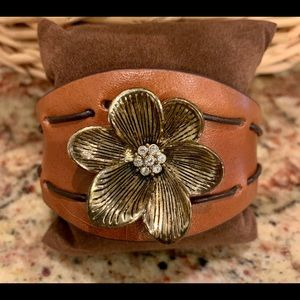 Fossil Leather Cuff/Gold/Rhinestone Flower Center